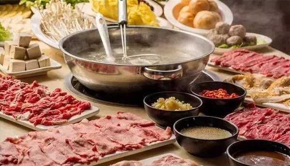 成都冒菜与潮汕牛肉火锅加盟费用哪个高